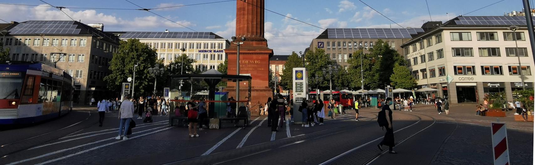 PV-Anlagen auf den Häusern am Luisenplatz